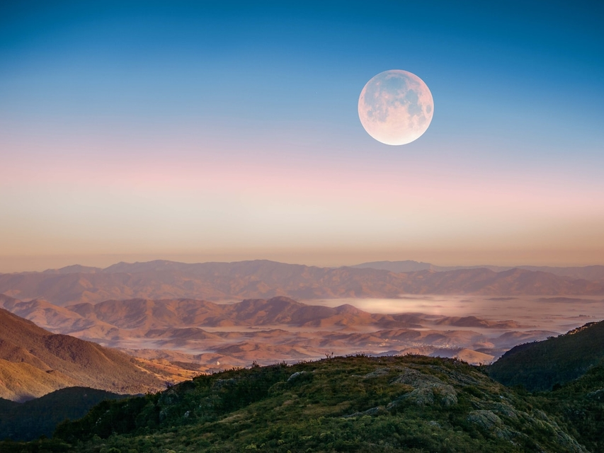 Full Moon Meditation - 10-minute Version | Keziah Gibbons ...